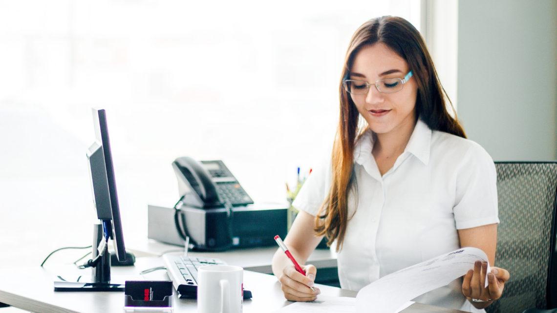 ¿Rentar una oficina o convertir una casa en oficina?